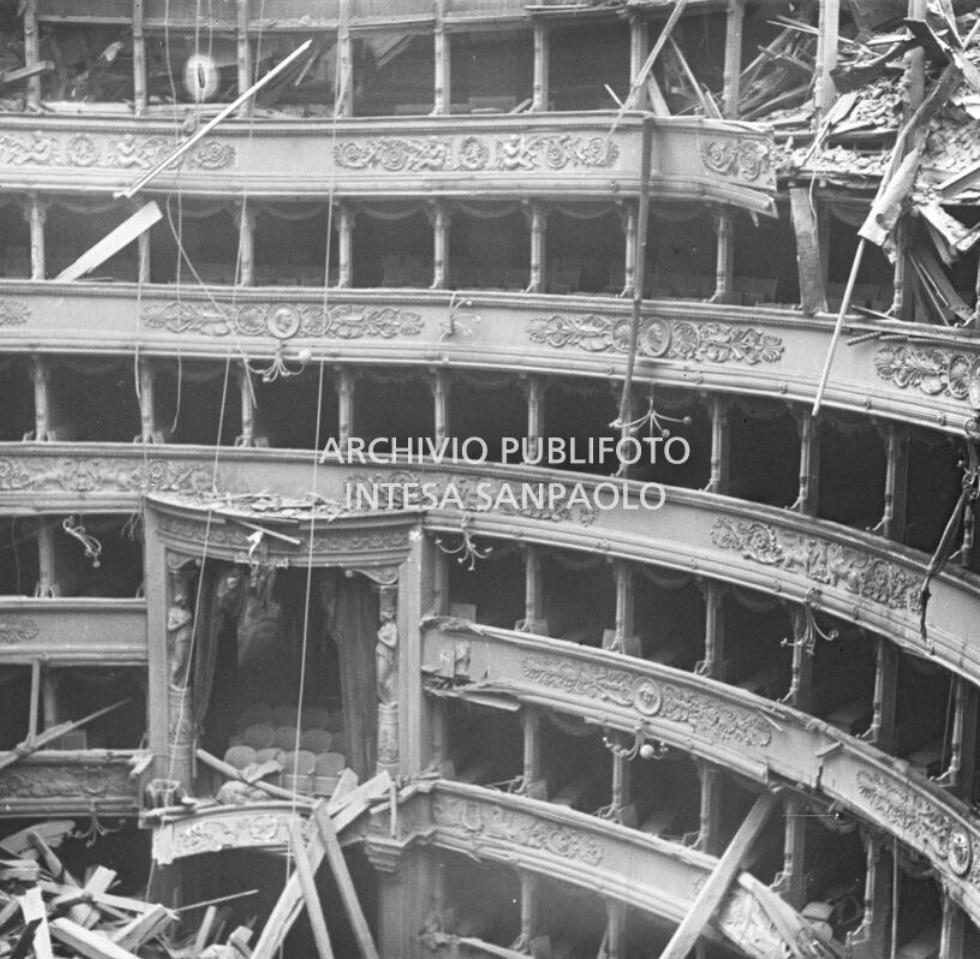 Bombe_teatro_scala_Milano copy