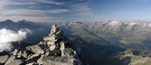 Valchievenna, Pizzo Quadro, detto anche Cima de Pian Guarnei, 3015 m s.l.m.
