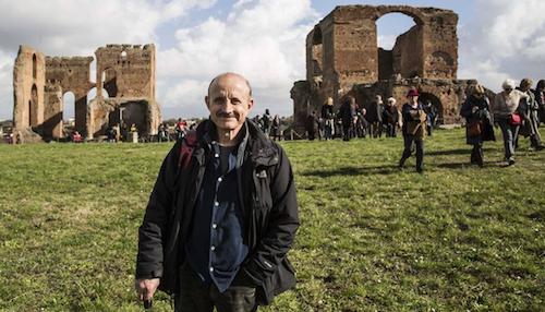 Giuseppe Cederna nel Parco dell'Appia Antica